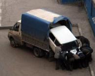 ככה גונבים מכוניות ברוסיה