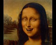 מונה ליזה צוחקת