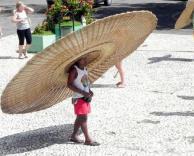 כובע ענק